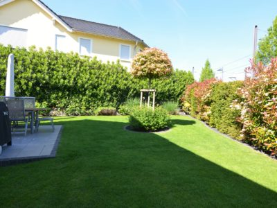 RiedbergImmobilien_freistehendes_Einfamilienhaus_Quartier_Schoene_Aussicht_Garten