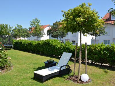 RiedbergImmobilien_freistehendes_Einfamilienhaus_Quartier_Schoene_Aussicht_Garten2