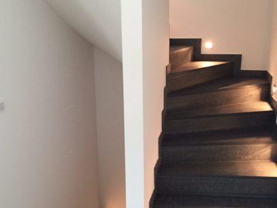 RiedbergImmobilien_freistehendes_Einfamilienhaus_Quartier_Altkoenigblick_Treppe