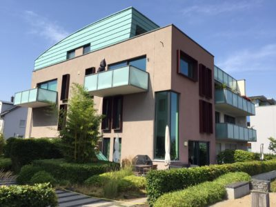 RiedbergImmobilien_Wohnung_Skylineblick_Quartier_Schoene_Aussicht_Ansicht_außen