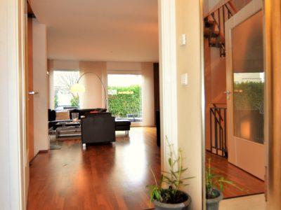 RiedbergImmobilien_Doppelhaus_2_ars_areal_Quartier_Ginsterhoehe_Eingangsbereich