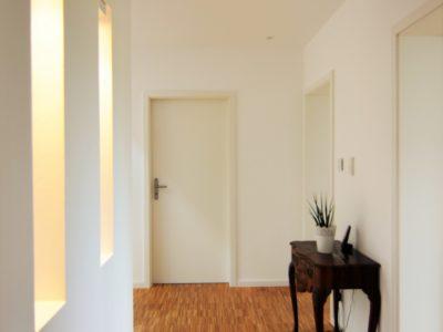 RiedbergImmobilien_Villa_am_Kaetcheslachpark_Flur_Obergeschoss